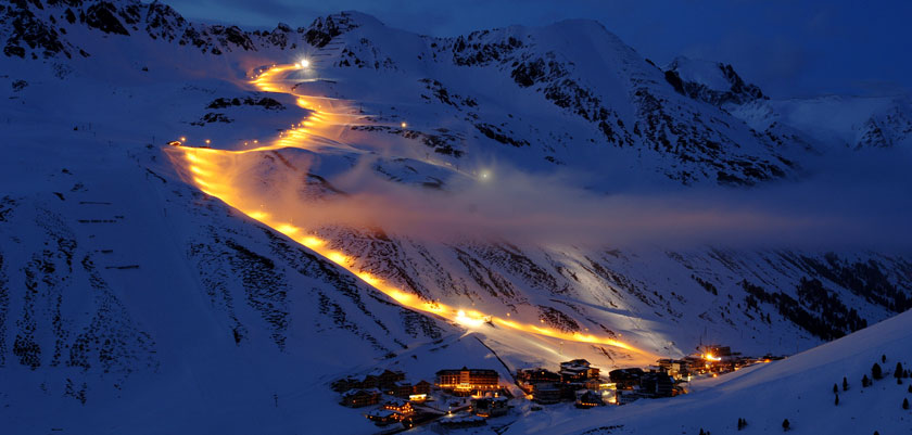 austria_kuhtai_resort-view-night2.jpg